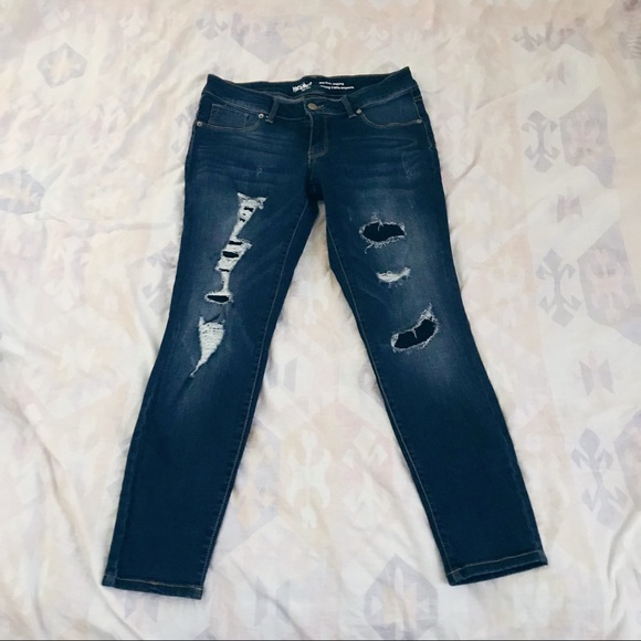 Mossimo Supply Co. Denim - Mossimo Mid-Rise Jegging 8/29